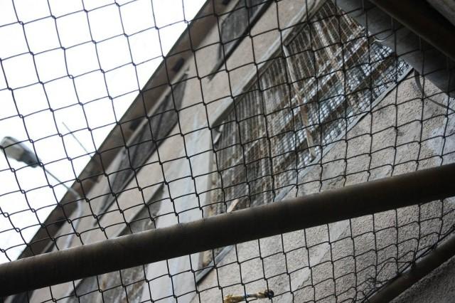 W tej sprawie oskarżono także Andrzeja P., który w koszarach przy ul. Kawaleryjskiej remontował stolarkę okienną, a także sfinansował poczęstunek wigilijny dla pracowników