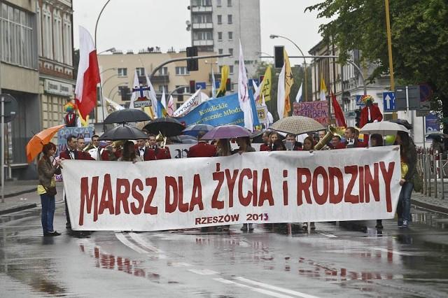 V Marsz Życia i Rodziny w RzeszowieV Marsz Życia i Rodziny w Rzeszowie.