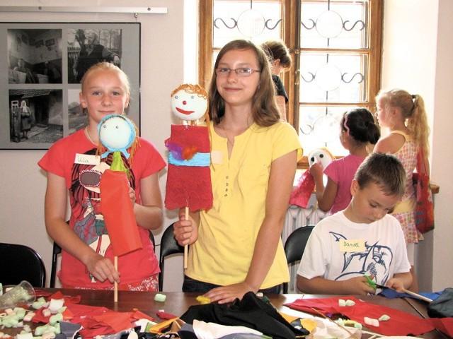 Sami zaprojektowaliśmy i stworzyliśmy swoje teatralne lalki - mówili młodzi artyści z muzealnych warsztatów.