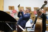 """2. Jazz Crossing Festival Canada & Polska. Prawykonanie Symfonii nr 2 """"Historia rzeki"""" w Filharmonii Zielonogórskiej na początek festiwalu"""