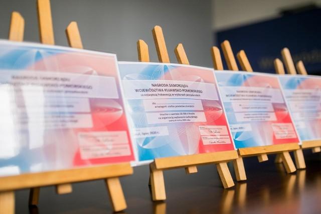 Marszałkowskie vouchery na 20 tys. zł trafią do pięciu miejsc w regionie - to nagroda za wysoką frekwencję