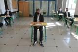 Matura 2020: Matematyka podstawowa na egzaminie dojrzałości. Zobacz zdjęcia z Zespołu Szkół Łączności w Poznaniu