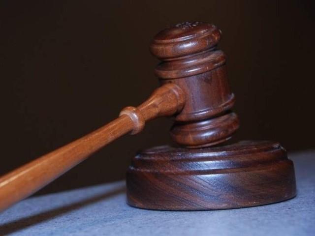 Według planów Ministerstwa Sprawiedliwości elektroniczne protokoły w sprawach cywilnych do 2013 roku mają wyprzeć tradycyjne papierowe akta. Będzie to kosztowało 150 mln zł.