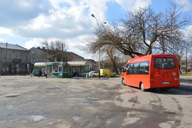 Po rewitalizacji rozwadowskiego rynku, wjeżdżać tu będą mogły tylko elektryczne autobusy miejskiej komunikacji