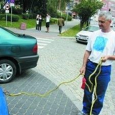 Połączenie elastyczne jest bezpieczniejsze niż linka stalowa. Grozi nam najwyżej zerwanie holu - mówi Ireneusz Alaszkiewicz