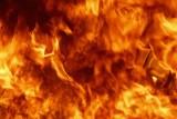 Pożar budynku w Obrowie. Zapalił się skład z podpałką do grilla