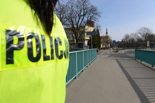 Do tragicznego znaleziska doszło w czwartek, 16 września nad Stawem w Małomicach