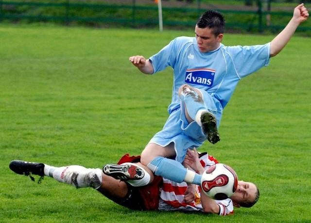 Żurawianka (Błękitne stroje) zwyciężyła 3-0.