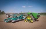 Dron z opryskiwaczem, elektryczny ciągnik bez operatora, sztuczna inteligencja. TOP 5 wynalazków, które odmienią rolnictwo [ZDJĘCIA]