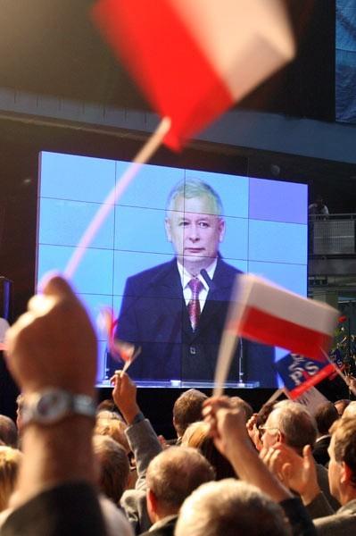 Do zarejestrowania Jarosława Kaczyńskiego na kandydata na prezydenta RP wystarczyłyby już tylko podpisy złożone w naszym regionie.