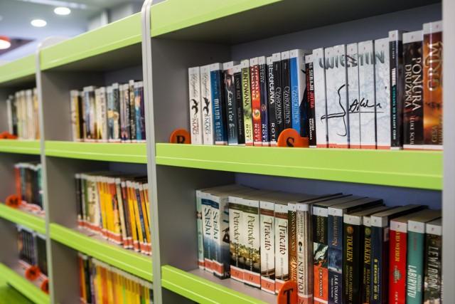 Wygrana zapewni autorom wsparcie w postaci promocji i nagrody pieniężnej, a czytelnikom wskazówkę, po które literackie pozycje dla dzieci i młodzieży szczególnie warto sięgnąć.