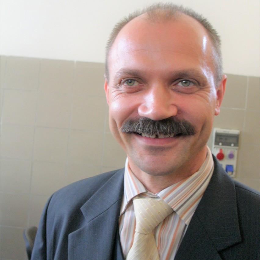 Burmistrz Gliszczyński otrzymał  trzymiesięczną odprawę w...