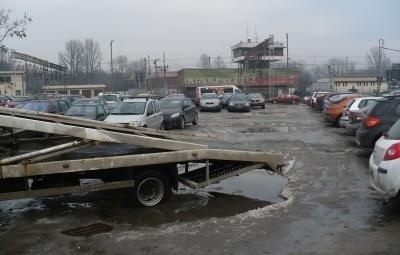 """""""Parking"""" przy ul. Warszawskiej Fot. Piotr Tymczak"""
