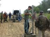 Szukają niemieckich ciężarówek ukrytych pod ziemią