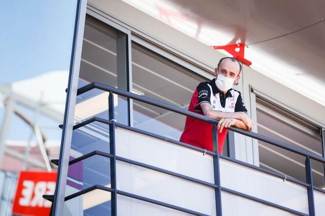 """Robert Kubica wraca do bolidu Alfy Romeo. """"Jestem gotowy do odegrania swojej roli"""""""