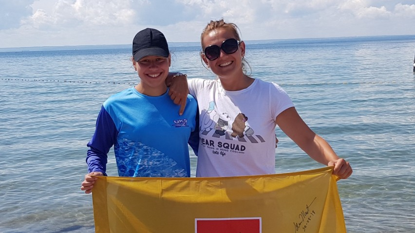 Aleksandra Bednarek (od lewej) dokonuje cudów pływając w wodach otwartych. Chce teraz pokonać kanał La Manche