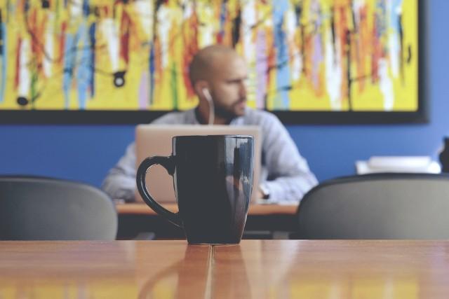 Praca po pracy może oznaczać coś więcej niż reperowanie domowego budżetu. To może być sposób na to, by skierować zawodową karierę na właściwe tory.