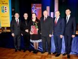 Oto laureaci Róż Powiatu, Januarych i Januarków. Powiatowa gala w Oleśnie [zdjęcia]
