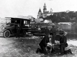 Kraków. Takimi pojazdami lekarze dojeżdżali do naszych pradziadków, dziadków i rodziców [ZDJĘCIA]