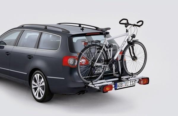 Najlepszymi typami bagażników rowerowych są konstrukcje montowane na hak holowniczy