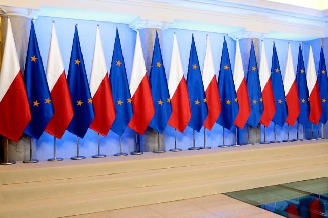 Fundusz Odbudowy. Szymański: Polsce te pieniądze się należą. Oczekujemy wyjaśnień