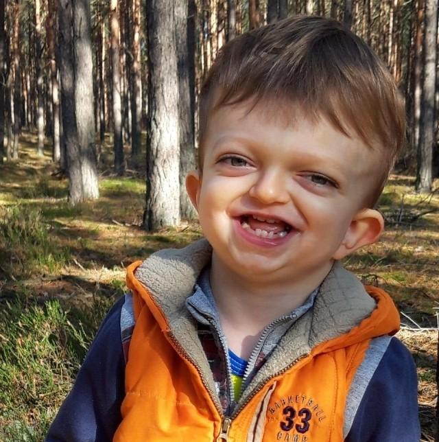 Adaś Kos z Gorzowa dzielnie walczy z poważną chorobą. W tej walce potrzebuje jednak naszego wsparcia.