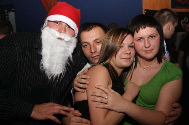 Opole: Mikolajki w Cina Club