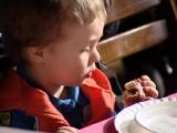 Tłusty czwartek 2014 już 27 lutego. A oni wzięli udział w mistrzostwach w jedzeniu pączków na czas! [wideo]