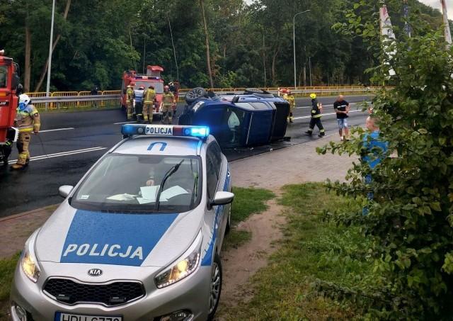 Dwoje dzieci zostało rannych w wypadku, do którego doszło w Ujściu na drodze krajowej nr 11.