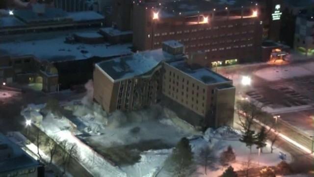 Wyburzenie dawnej szkoły pielęgniarskiej w Des MoinesNiezwykle szybkie wyburzenie budynku (WIDEO)