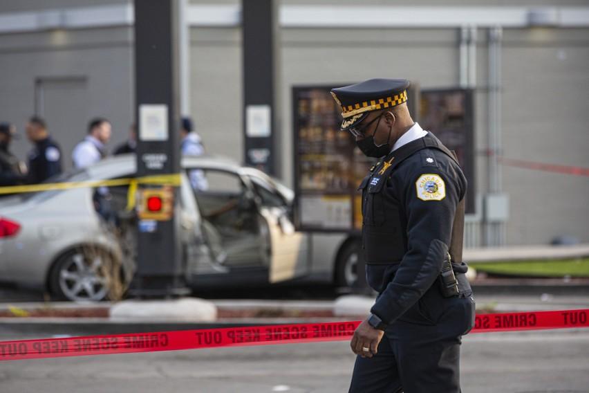 Dramat w Chicago: w wymianie ognia gangsterów zginęła 7-letnia dziewczynka, jej ojciec został ranny