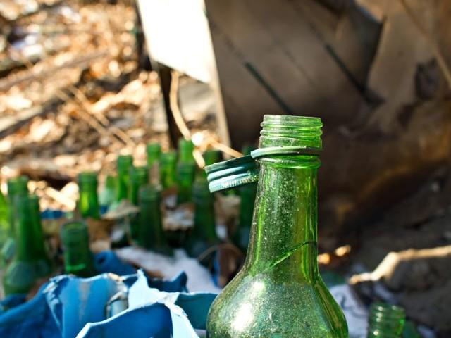 Dzieci zbierały odpady