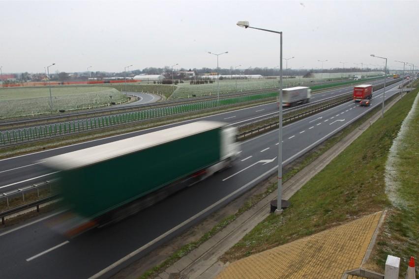 Resort infrastruktury coraz głośniej mówi, że A2 będzie kończyć się na terenie Mazowsza, a na terenie Lubelszczyzny będzie to trasa niższej klasy o przekroju 2+1.