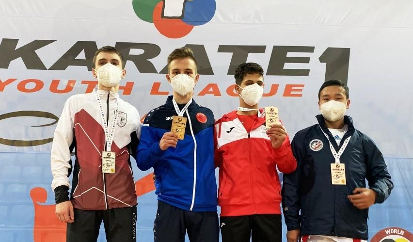Karate. Świetny występ Dominika Dziudy. Wygrał Młodzieżową Ligę Światową