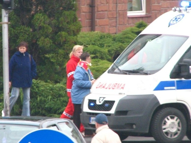 Wypadek na skrzyzowaniu 3 Maja i Dubois, tuz pod ZUSem w Ostrowi Mazowieckiej