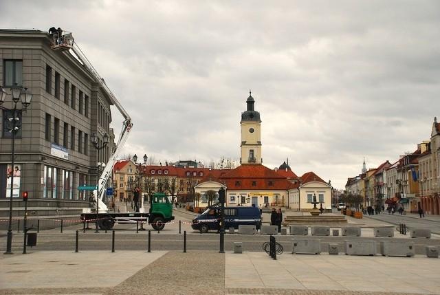 Wichura uszkodziła budynek na Rynku Kościuszki