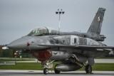 Krzesiny: Polskie F-16 po raz pierwszy rozpoczynają misję Baltic Air Policing [ZDJĘCIA]