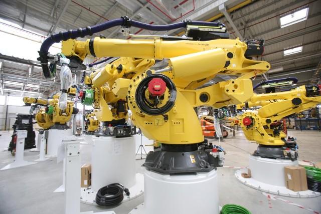 Przemysł dyktuje tempo wzrostu gospodarczego. Wartość dodana brutto w przemyśle w drugim kwartale 2021 r. wzrosła o 27,2%, w porównaniu z analogicznym okresem 2020 r., natomiast wbudownictwie wzrosła odpowiednio o 3,0%.