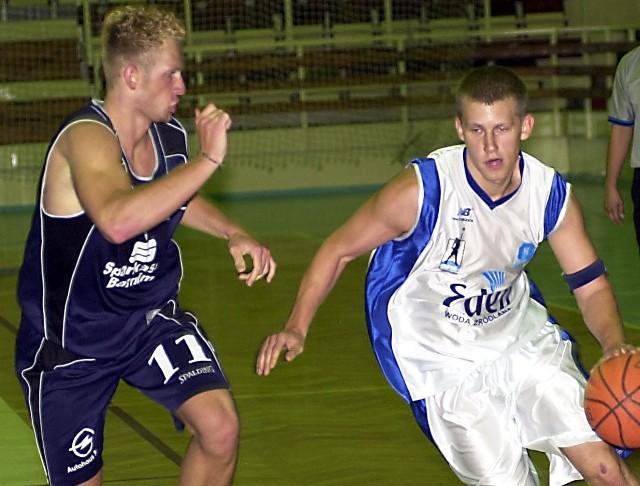 Jeden z nowych zawodników Spójni Marek Łukomski (z prawej) ma problemy zdrowotne i w pierwszych meczach Spójni nie zagra.
