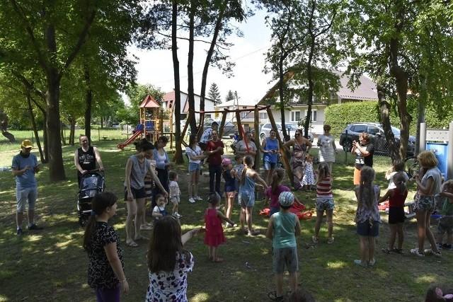 W ramach niepołomickiego BO powstały liczne place zabaw, m.in. przy ul. Marudy na osiedlu Zakościele