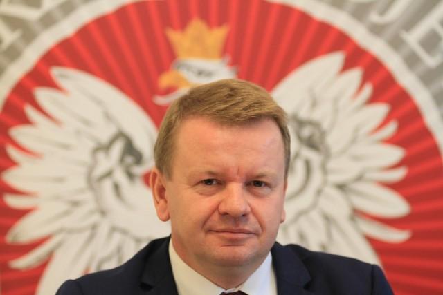 """Grzegorz Wierzchowski: """"Nigdy bym się nie spodziewał dymisji w najgorszym ku temu czasie, czyli tuż przed rozpoczęciem roku szkolnego."""