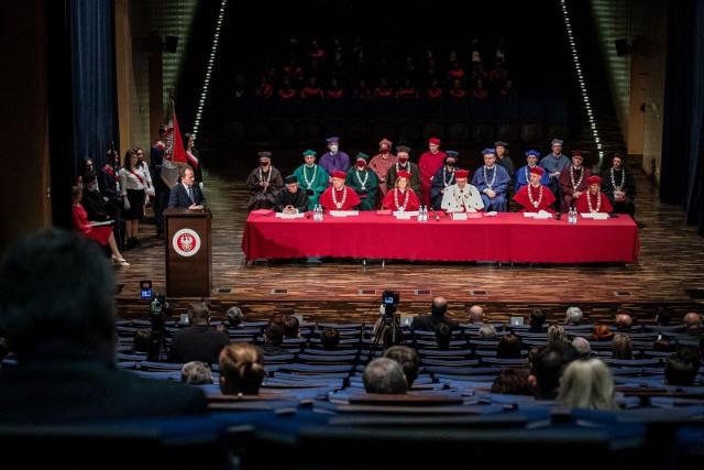 Inauguracja roku akademickiego na UwB