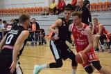 2 liga koszykówki. AZS UJK Kielce przegrał pierwszą rundę fazy play off przeciwko AZS UMCS Start Lublin. Lider był wyraźnie lepszy (ZDJĘCIA)