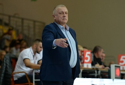 0ead5fe86 Dariusz Szczubiał nie jest już trenerem AZS Koszalin [wideo] | Głos ...