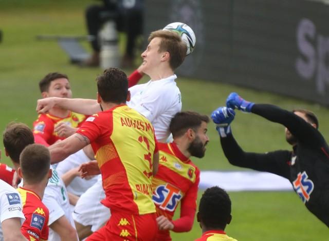 W minionym sezonie Żółto-Czerwoni przegrali na wyjeździe z Wartą 0:2. Oby teraz było lepiej.