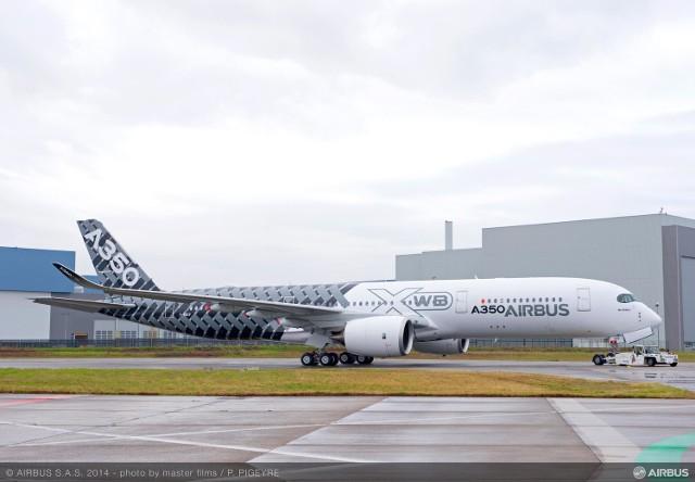 W Łodzi produkowane będą części do Airbusa A350. Pracownicy poszukiwaniCzęści do takich samolotów produkowane będą w fabryce na Nowym Józefowie w Łodzi