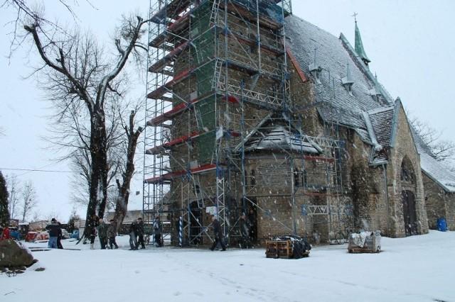 Remont kościoła w Centawie podzielił parafian. Część uważa, że zabytek trzeba remontować, a część - że kosztuje to zbyt wiele.