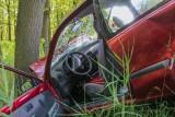 O mało nie doszło do tragedii! Kompletnie pijany zabrał dziecko na przejażdżkę autem po lesie!