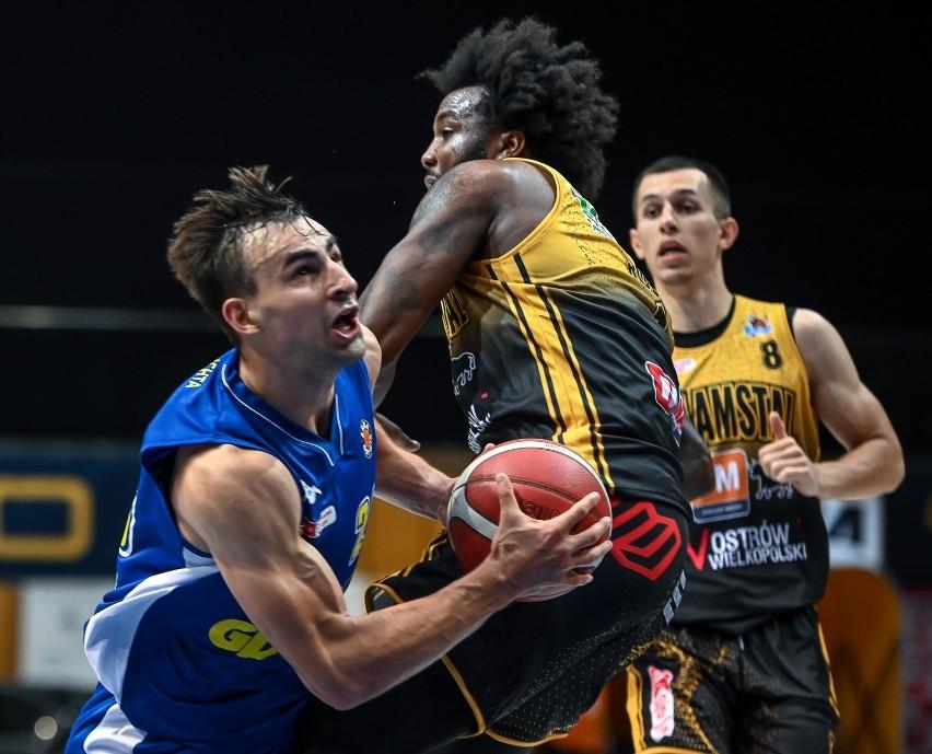 Przemysław Żołnierewicz jest nowym koszykarzem Zastalu Enei...