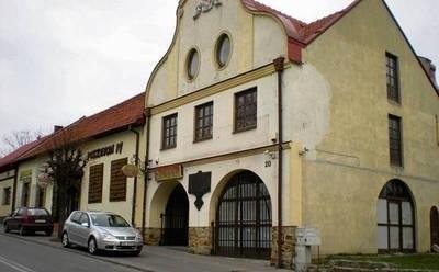 Podczas powodzi w 2010 roku ucierpieć miała kamienica przy Rynku 20 w Nowym Wiśniczu Fot. Małgorzata Więcek-Cebula